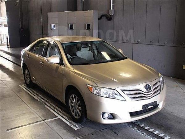 Toyota Camry, 2010 год, 340 000 руб.
