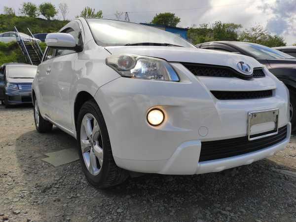 Toyota ist, 2010 год, 685 000 руб.