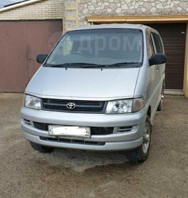 Toyota Regius, 2002 год, 470 000 руб.