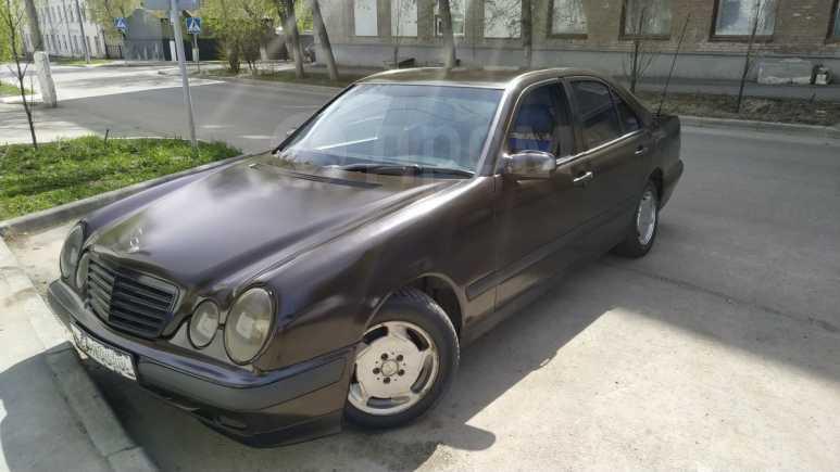Mercedes-Benz E-Class, 1997 год, 280 000 руб.
