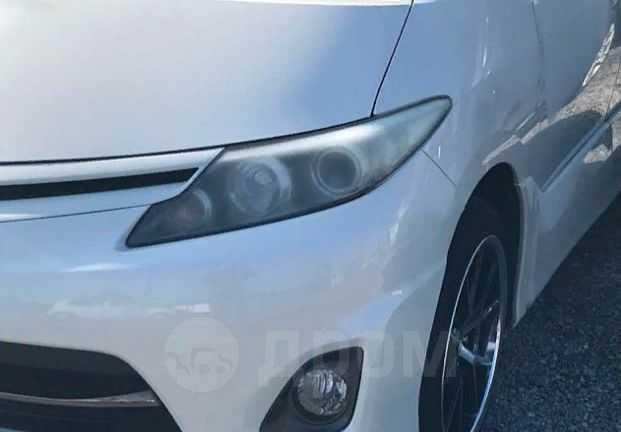 Toyota Estima, 2009 год, 325 000 руб.