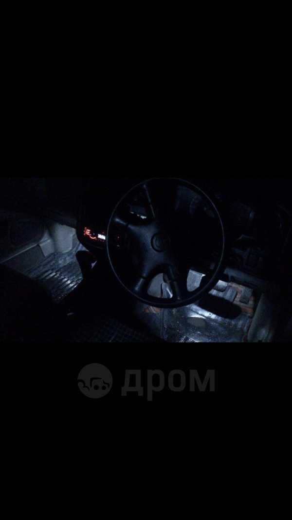 Nissan Expert, 1999 год, 215 000 руб.