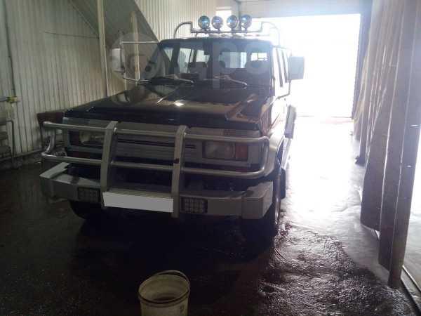 Nissan Patrol, 1988 год, 600 000 руб.