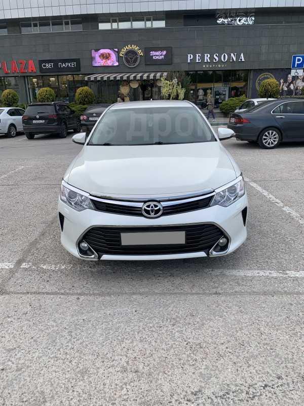 Toyota Camry, 2017 год, 1 300 000 руб.