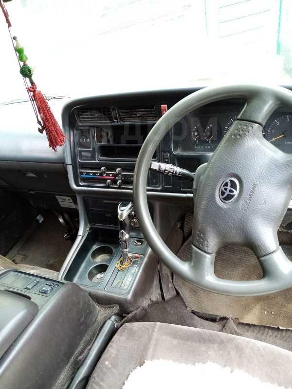 Toyota Hiace, 1989 год, 120 000 руб.