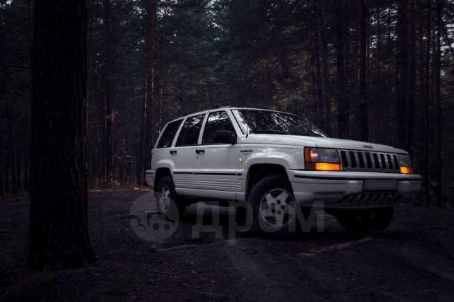 Jeep Grand Cherokee, 1996 год, 290 000 руб.
