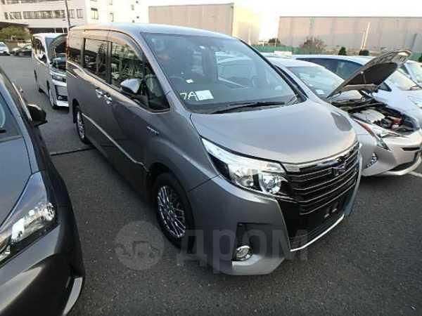 Toyota Noah, 2016 год, 1 590 000 руб.