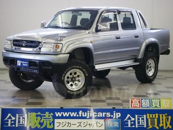 Toyota Hilux Pick Up, 2002 год, 588 000 руб.