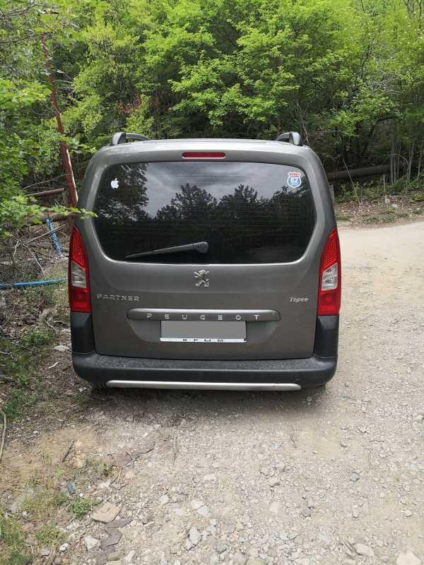 Peugeot Partner Tepee, 2011 год, 500 000 руб.