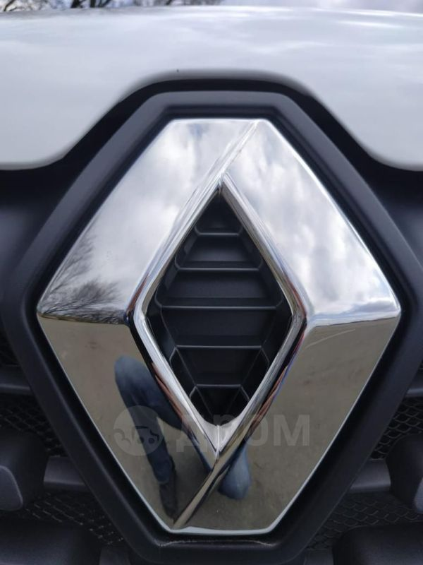 Renault Logan Stepway, 2019 год, 720 000 руб.