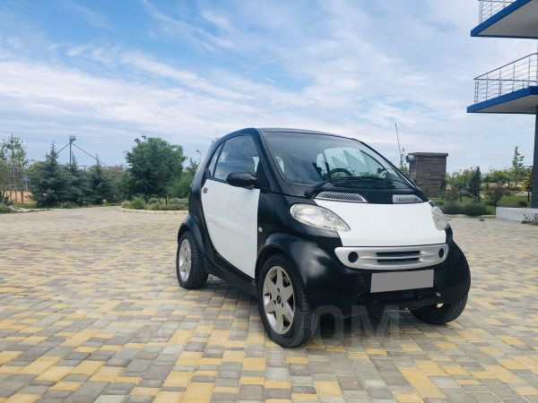Smart Fortwo, 2001 год, 185 000 руб.