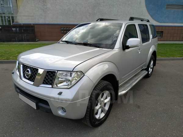 Nissan Pathfinder, 2008 год, 840 000 руб.