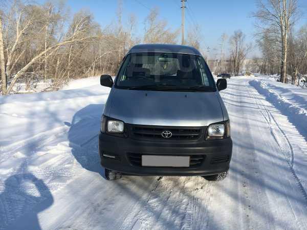 Toyota Town Ace Noah, 2000 год, 310 000 руб.