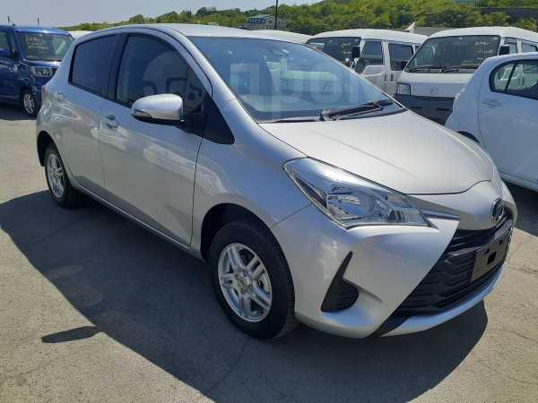 Toyota Vitz, 2018 год, 635 000 руб.