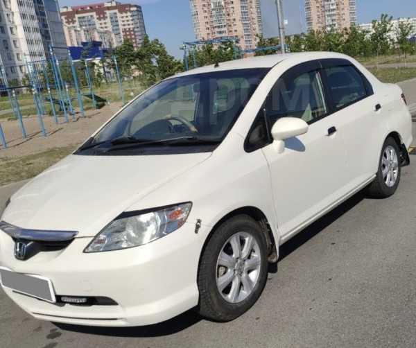 Honda Fit Aria, 2004 год, 230 000 руб.