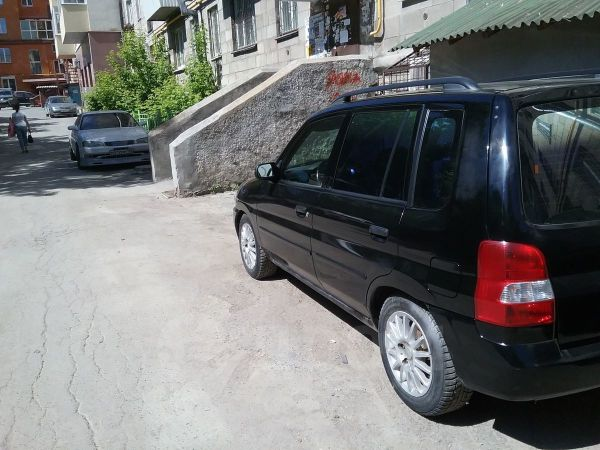 Mazda Demio, 2001 год, 164 000 руб.