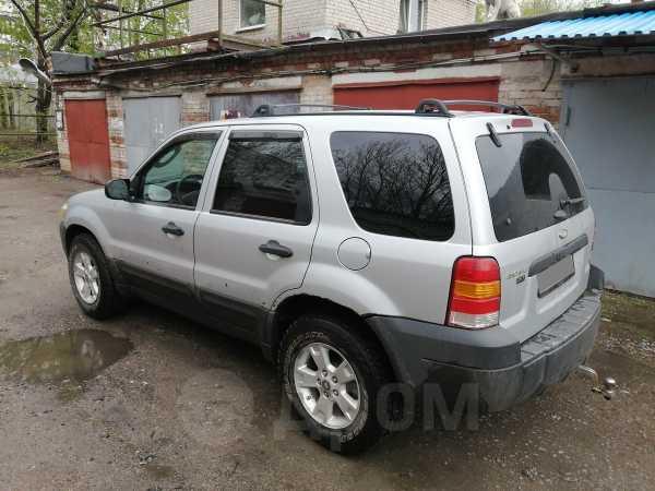 Ford Escape, 2004 год, 380 000 руб.