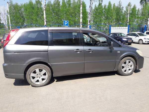 Nissan Presage, 2004 год, 525 000 руб.