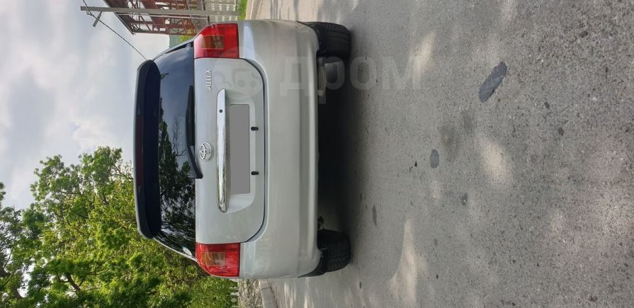 Toyota Allex, 2001 год, 270 000 руб.