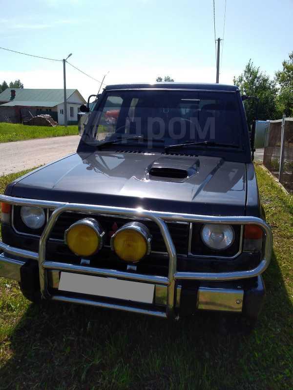 Mitsubishi Pajero, 1989 год, 215 000 руб.