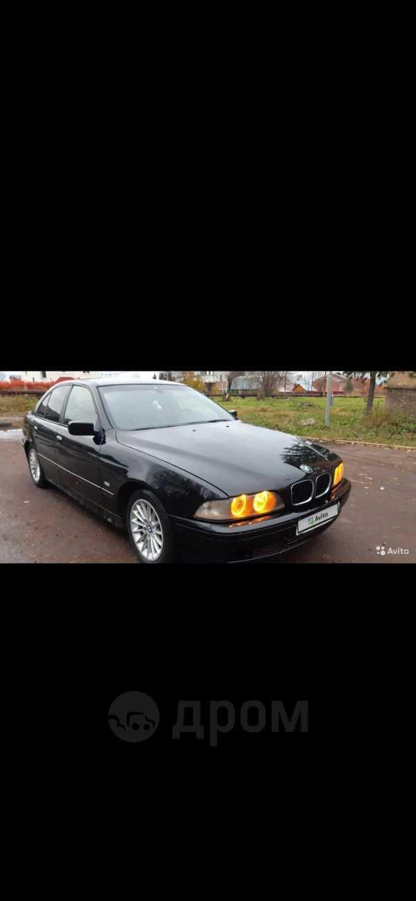 BMW 5-Series, 2000 год, 260 000 руб.
