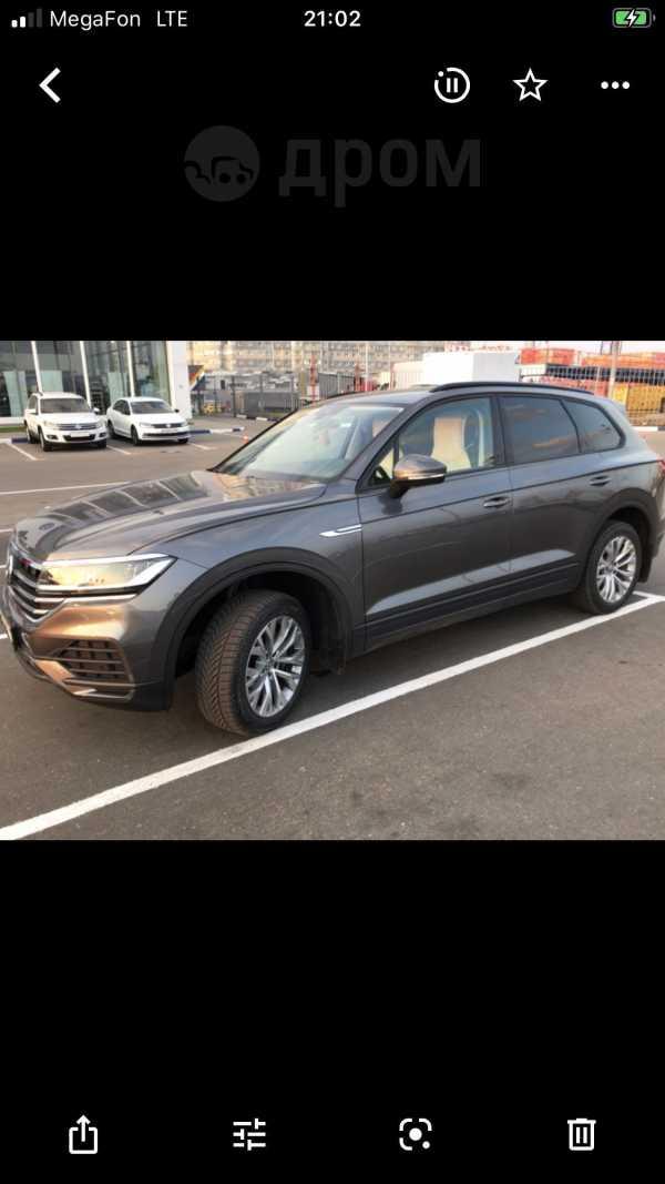 Volkswagen Touareg, 2018 год, 3 950 000 руб.