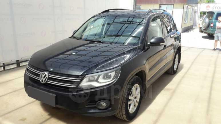 Volkswagen Tiguan, 2014 год, 974 000 руб.