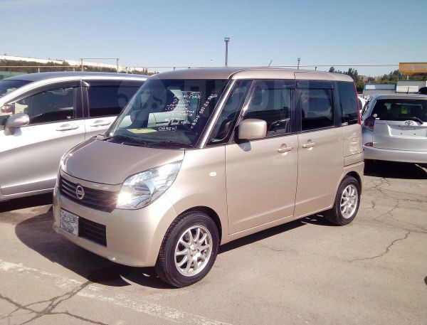 Nissan Roox, 2010 год, 375 000 руб.