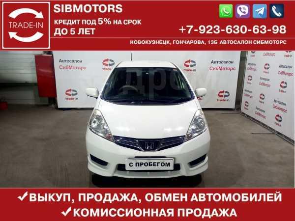 Honda Fit Shuttle, 2013 год, 605 000 руб.