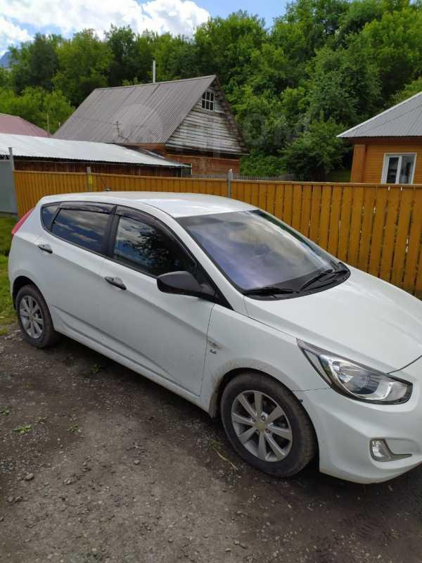 Hyundai Solaris, 2013 год, 529 000 руб.