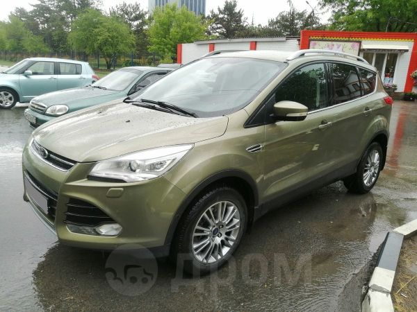 Ford Kuga, 2013 год, 875 000 руб.
