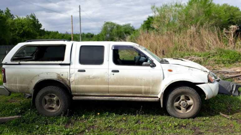 Nissan NP300, 2012 год, 450 000 руб.