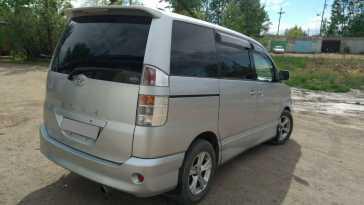 Краснокаменск Toyota Voxy 2002