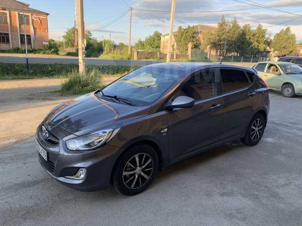 Hyundai Solaris, 2011 год, 360 000 руб.