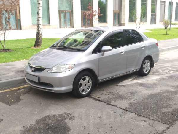 Honda Fit Aria, 2003 год, 149 000 руб.