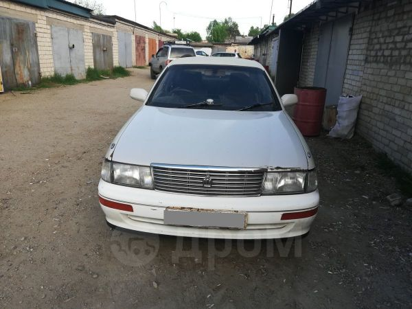 Toyota Crown, 1992 год, 140 000 руб.