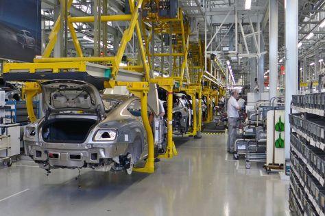 Bentley уволит 25% своих сотрудников
