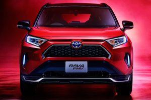 В Японии стартовали продажи подзаряжаемой от розетки Toyota RAV4