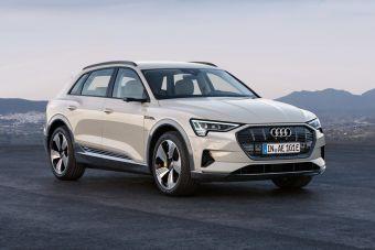 Электрический Audi e-tron начали предлагать в РФ. От 5 595 000 рублей