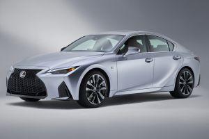 Новый Lexus IS раскрыт до официального дебюта: первые ФОТО