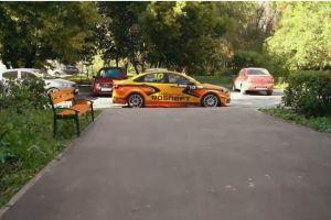 ВИДЕО: Гонщик АвтоВАЗа подрабатывает таксистом