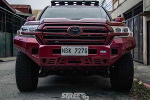 Филиппинцы подготовили Toyota Land Cruiser под городские и природные джунгли