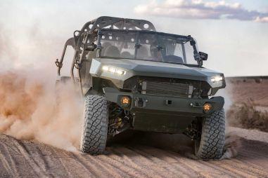 GM сделал на базе гоночного пикапа транспортер для американской армии