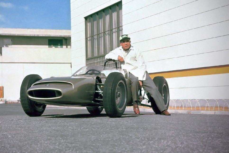 Соичиро Хонда: механик, изобретатель, автогонщик