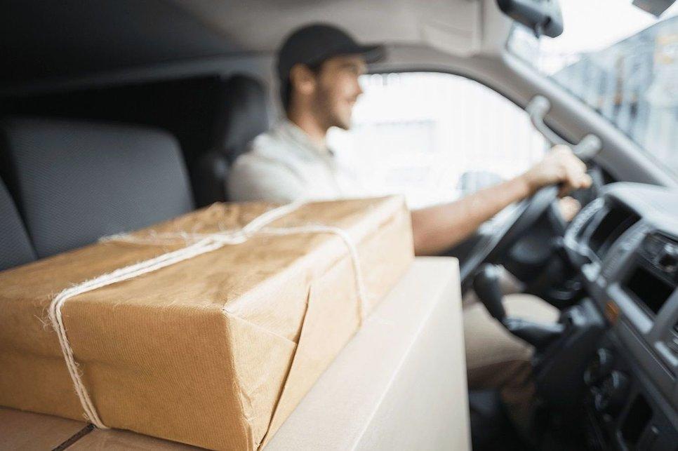 Заказать сигареты с доставкой такси купить в спб masking электронная сигарета