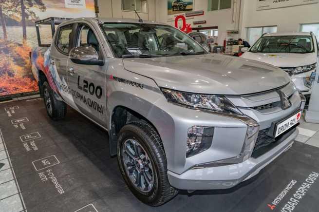 Mitsubishi L200, 2019 год, 2 437 000 руб.