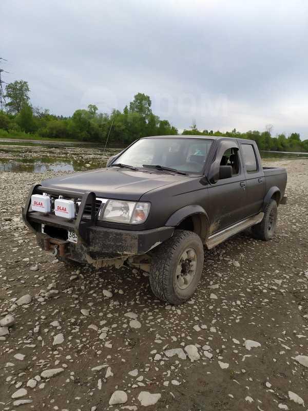 Nissan Frontier, 2001 год, 590 000 руб.