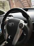 Toyota Prius PHV, 2012 год, 800 000 руб.