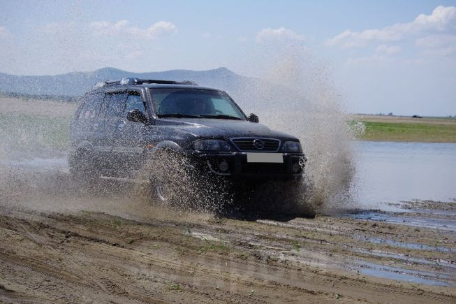 SsangYong Musso, 2002 год, 365 000 руб.