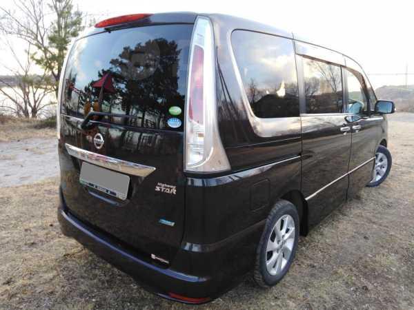 Nissan Serena, 2012 год, 700 000 руб.